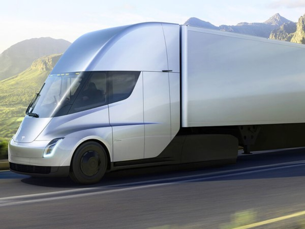Tesla Aims To Manufacture 100,000 Electric Trucks Per Year